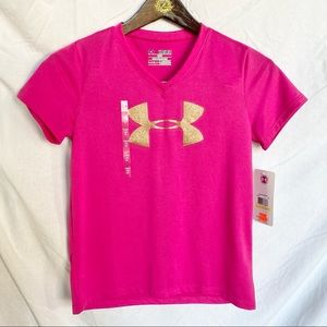 NWT Girls bright pink Under Armour performance Tee